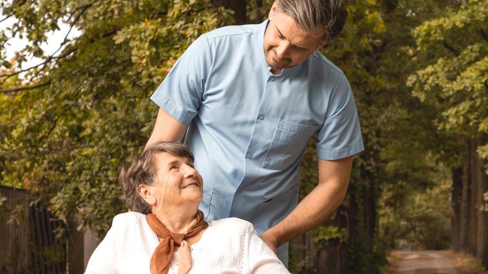 Búsqueda de empleados del hogar y cuidadores internos