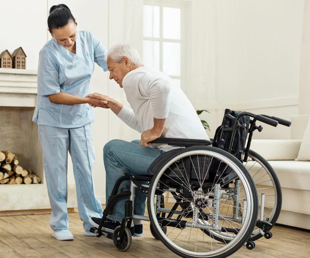 Enfermera de familia personal encargada de la gestión integral